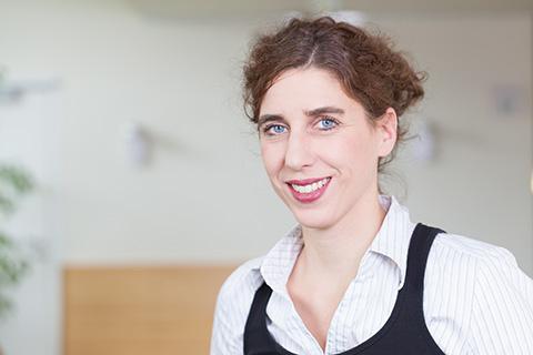 Dr. med. Katja Nemat